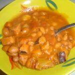 Bretaňské fazole s klobásou