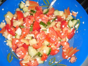 Balkán s okurkou, paprikou a rajčetem