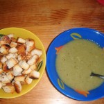 Polévka z mražené brokolice