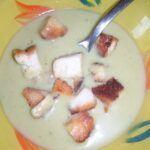 Krémová polévka ze zeleného hrachu