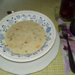 Polévka z kyselých okurek